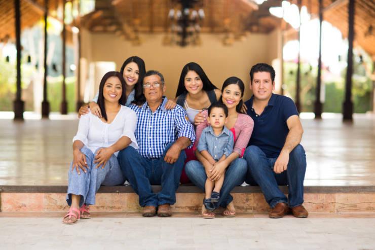 Opciones de Atención y Seguro Médico para Indocumentados